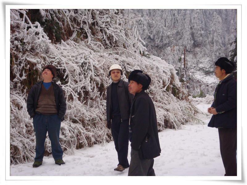 抗冰保电——这个春节成蜀和你一起过年
