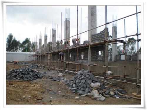 公司领导察看云南红河在建工程