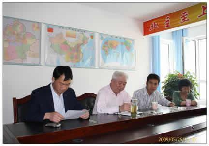 搞好在建工程 开拓新疆市场