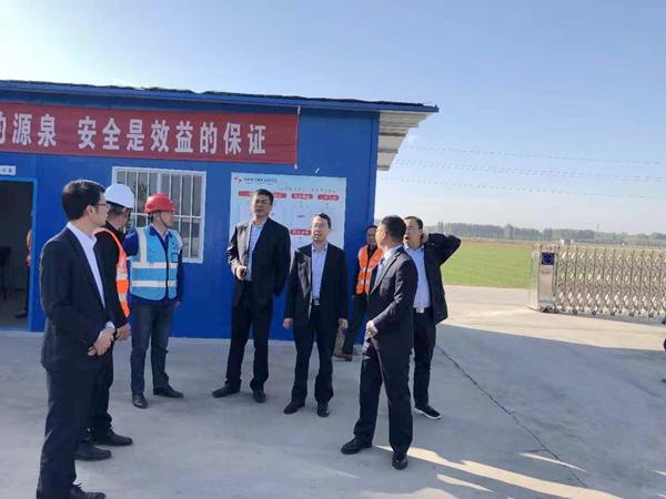 安阳永和220kV升压站项目部接受业主单位领导检查