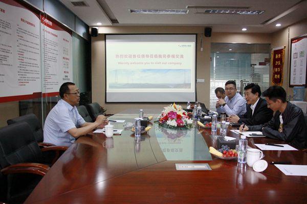 京能宁夏喊叫水110kV项目总指挥李军来公司考察交流