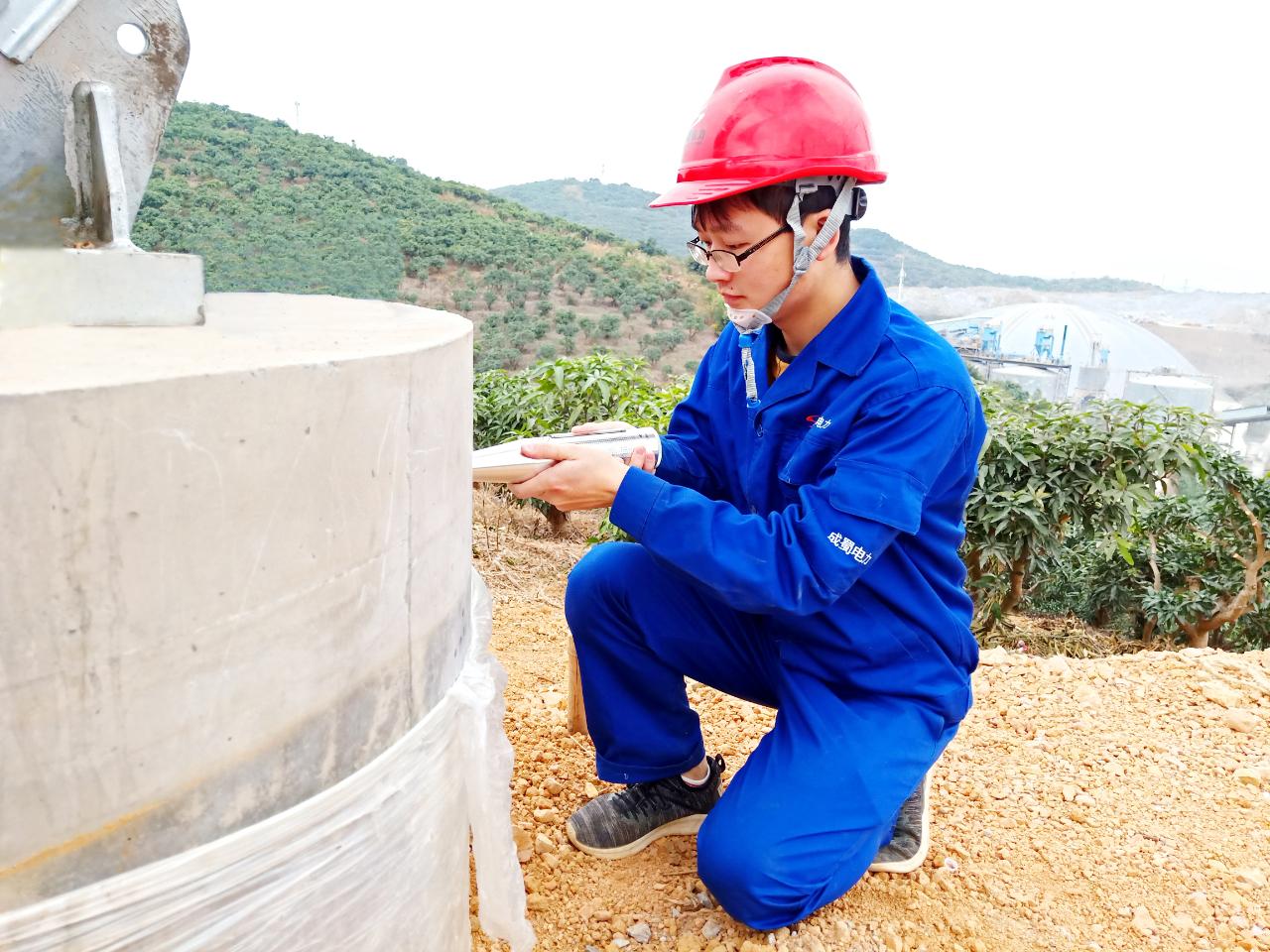 广西百色小梅-平果220kV输电线路基础工程顺利完成转序验收